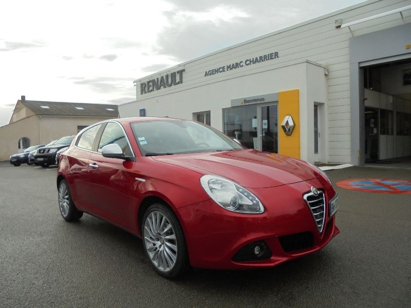 alfa romeo giulietta 1 6 jtdm distinctive stop start d occasion leg garage charrier. Black Bedroom Furniture Sets. Home Design Ideas