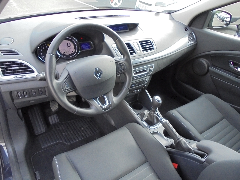 Photo 7 de l'offre de RENAULT MEGANE III 1.2 TCE 115CH ENERGY LIMITED ECO² à 9990€ chez Garage Charrier