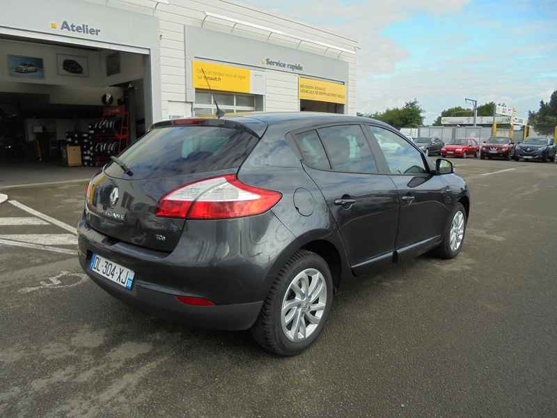 Photo 10 de l'offre de RENAULT MEGANE III 1.2 TCE 115CH ENERGY LIMITED ECO² à 9990€ chez Garage Charrier