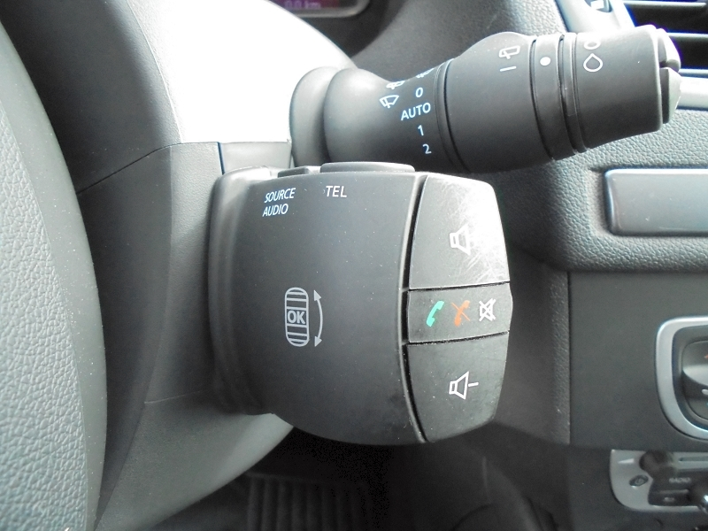 Photo 11 de l'offre de RENAULT MEGANE III 1.2 TCE 115CH ENERGY LIMITED ECO² à 9990€ chez Garage Charrier