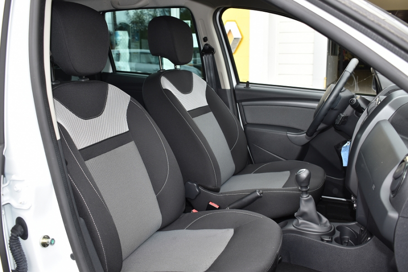 Photo 4 de l'offre de DACIA DUSTER 1.2 TCE 125CH STEEL 4X2 EURO6 à 12990€ chez Garage Charrier